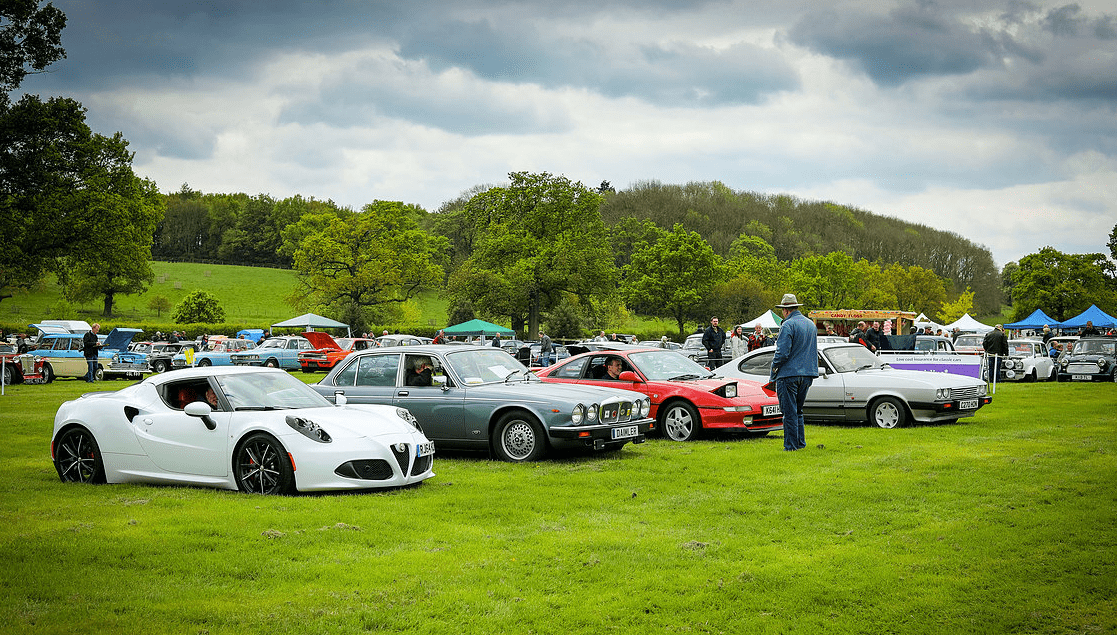 classic motor show & family fun day catton hall 5th may 2019 14