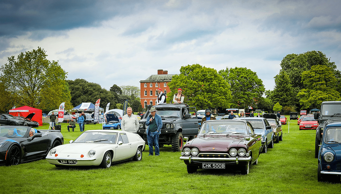 classic motor show & family fun day catton hall 5th may 2019 3