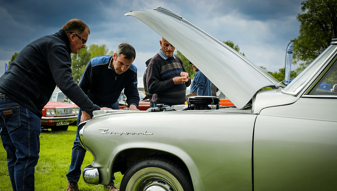 classic motor show & family fun day catton hall 5th may 2019 5