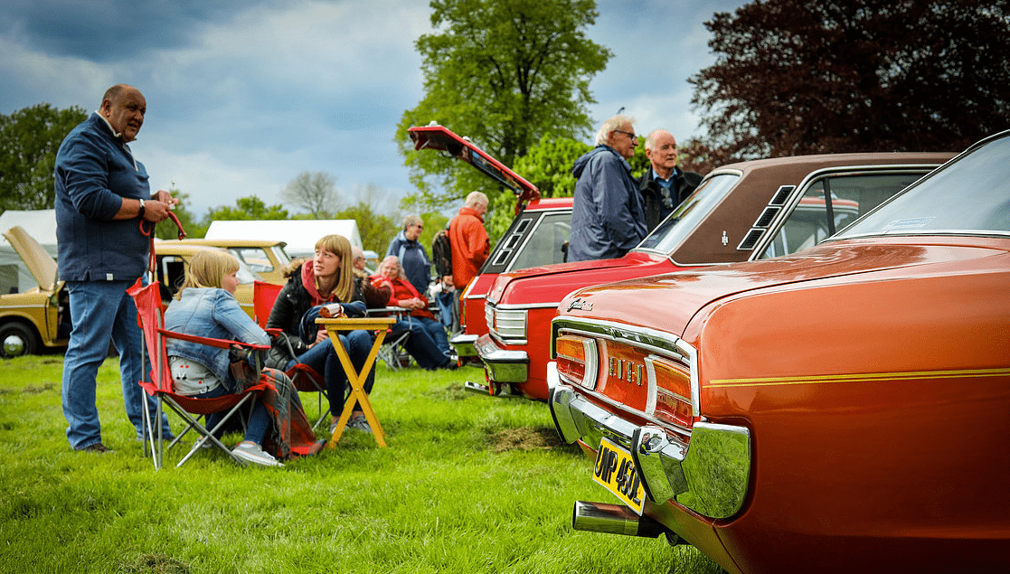 classic motor show & family fun day catton hall 5th may 2019 7